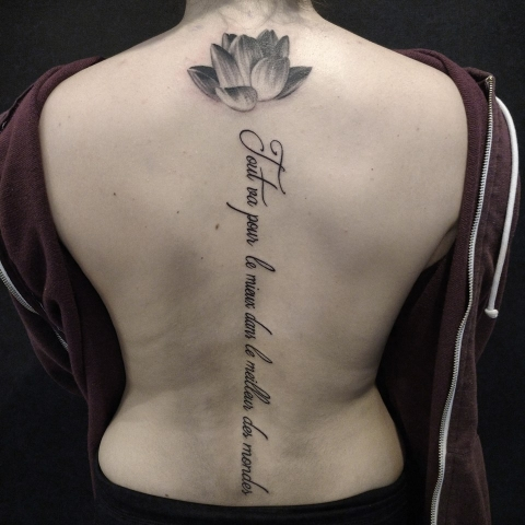 Spine Tattoo - Tatouage de colonne